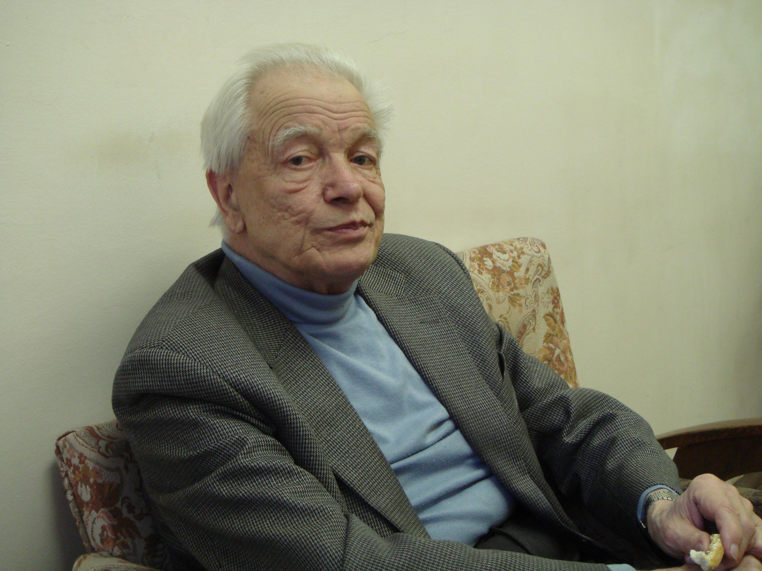 Ю г оксюкевич 18 08 1927 03 05 2012